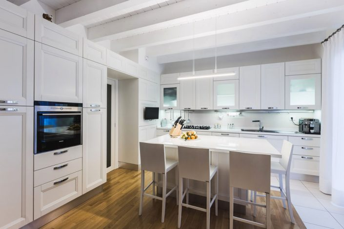 cucine moderne bianche ancona
