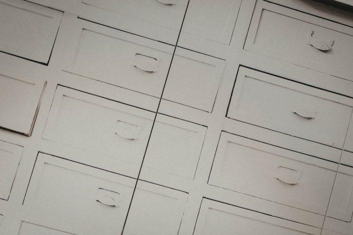 cassettiere legno ancona