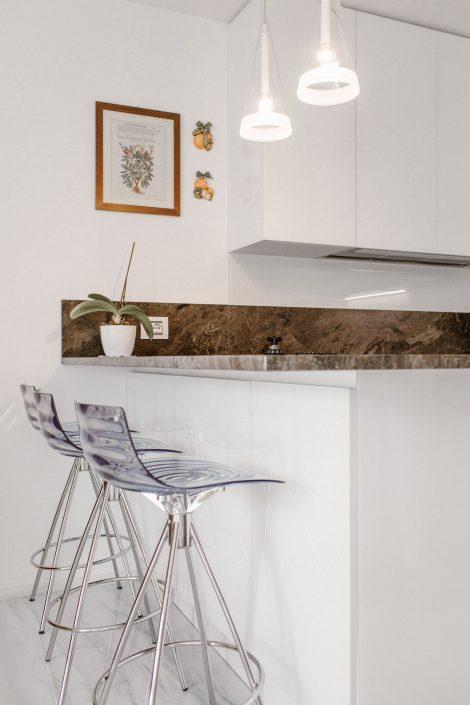 isola cucina con sgabelli ancona