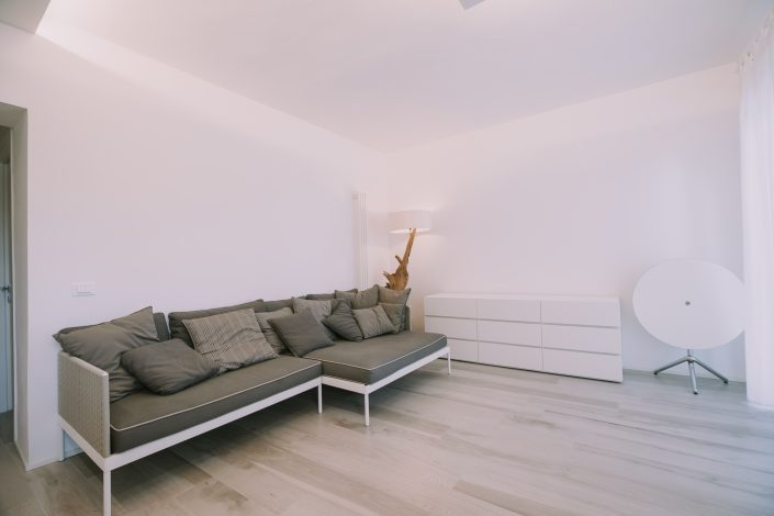 interni soggiorno spazioso ancona