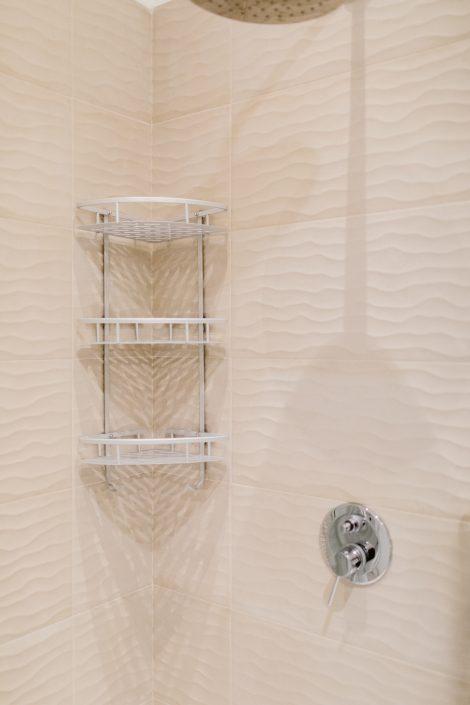 piastrelle doccia ancona