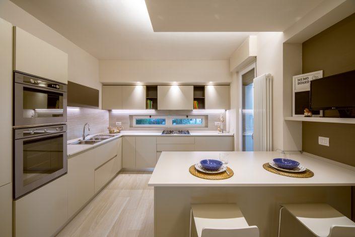 progetto cucina moderna ancona