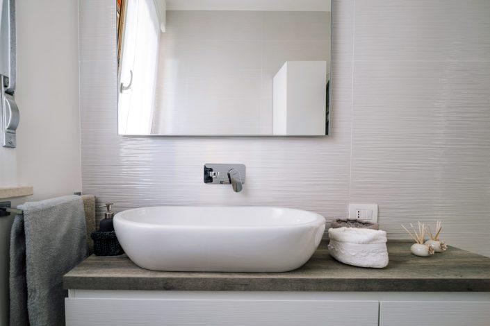 arredo bagno moderno ancona