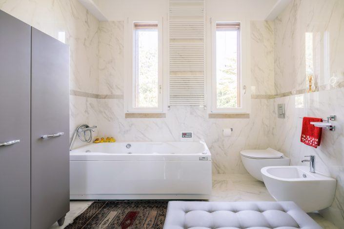 bagno marmo pierdominici casa