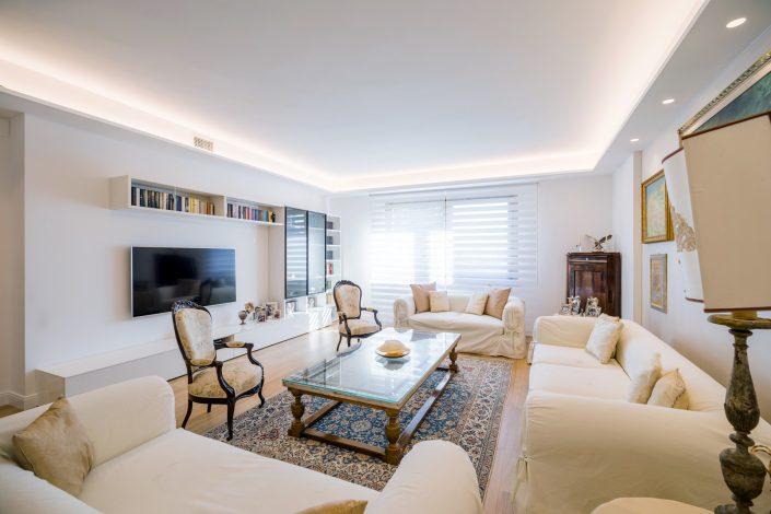 illuminazione soggiorno classico ancona