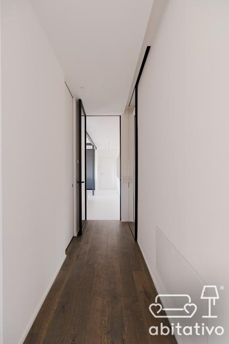 corridoio stile minimale osimo