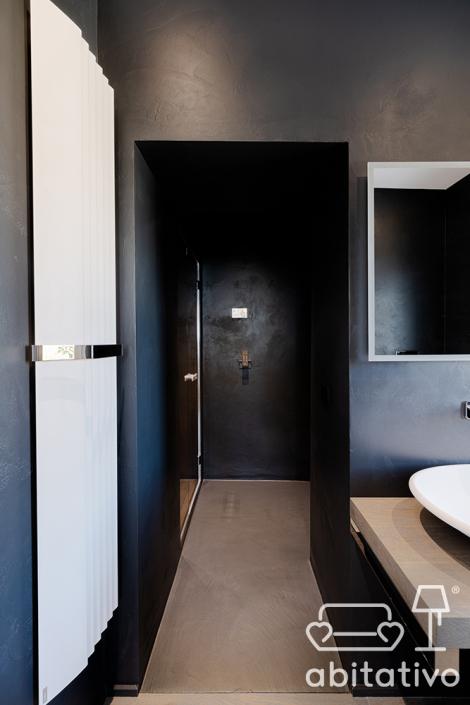 bagno nero minimale ancona